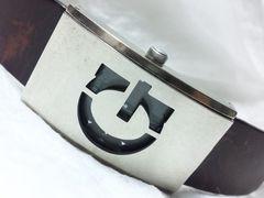 2556復活祭★GUESSゲス☆鎧のようなケースが特徴的豪華メンズ腕時計!