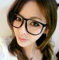 【新品】オールシーズン使えるダテメガネ 伊達眼鏡 大きいレンズ