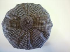 カシラ/CA4LA☆ボンボンつき☆ベレー帽