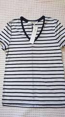 ◇新品AZUL by moussy白黒ボーダーVネックTシャツS◇
