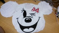 ミニーマウス型Tシャツ