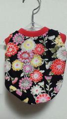 ハンドメイド和花柄Tシャツ黒・ピンク・犬用SS