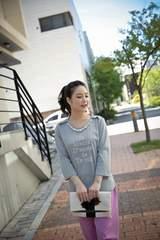 0924-62150大きいサイズ☆パールネックレス付カットソー☆4L/グレー