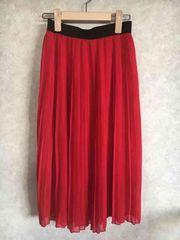 プリーツスカート 赤