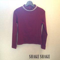 SHAKE SHAKE パール付ハイネックトップス