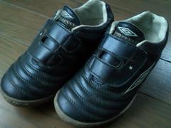 ★UMBRO製キッズ用ベルクロ・スニーカー17�aアンブロ/adidas