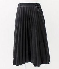 メタリックプリーツスカートミモレフレア光沢黒ブラック