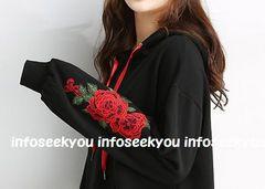 3L4L大きいサイズ/袖お花刺繍付き〜パーカー