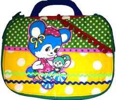 $●△レトロなクマちゃん♪ おむつ&おしりナップ収納バッグ