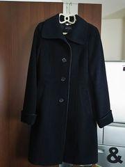 ほぼ未使用の黒×パイピング定価5万 日本製 キャサリン妃風