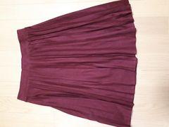 新品 ウエスト全周ゴム楽々 綺麗なエンジのプリーツスカート