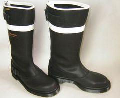 ドクターマーチン新品エンジニア バイカー ブーツ13454011黒uk3