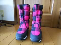 {新品} 暖かブーツ(o^^o)