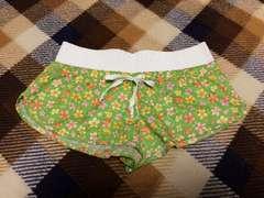 新品未使用黄緑小花柄ビキニ水着ショートパンツスイムパンツ