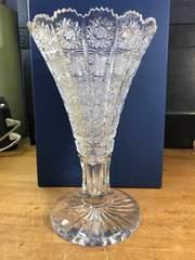 お盆特別大出品。ベネチアハンドカットガラス、フラワーベース