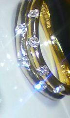 美しく煌めく七石のダイヤモンドコンビPinkyファランジにも