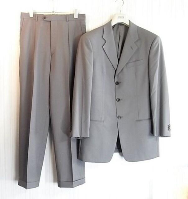 size48☆美品☆アルマーニ サマーウール製3釦スーツ  < ブランドの