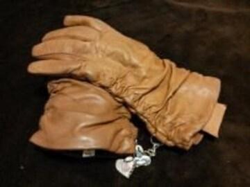 ヴィヴィアン・ウエストウッド◇ベラペレ/手袋◇キャメル