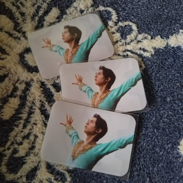 羽生選手オリジナルカードケース3枚