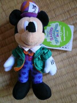 ディズニーランドイースター2012ミッキーぬいぐるみバッチ新品