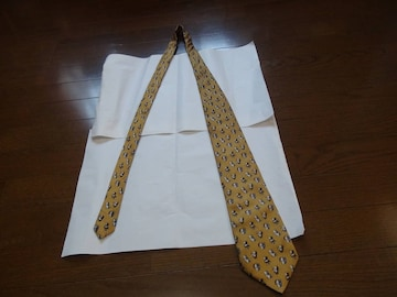 Giorgio Ladavasのネクタイ絹100%!。