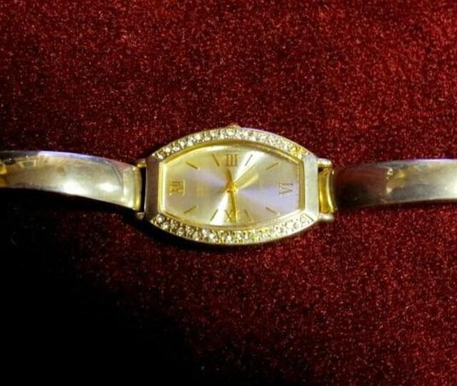 OZOC オゾック ゴールド 腕時計 金 ラインストーン ブランド < ブランドの