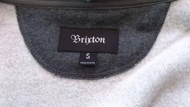激安76%オフアメカジ、ブリクストン、スウェットパーカー(新品タグ、濃灰、メンズM) < 男性ファッションの