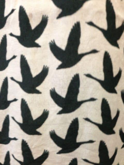 新品L~LL(42)★H&M★レーヨンカットソー/鳥柄/ピンクベージュ < ブランドの