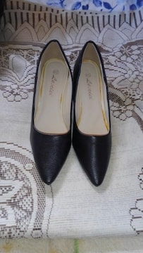 �H黒の靴