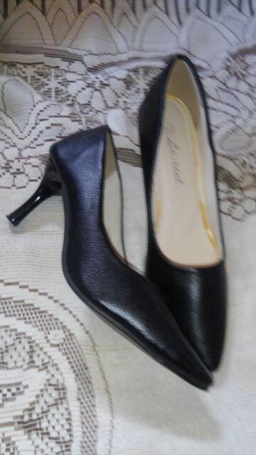 �H黒の靴 < 女性ファッションの