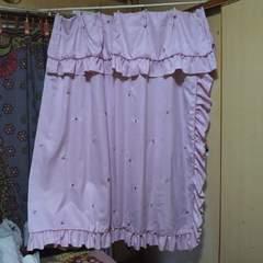 姫系カーテン王国購入 ピンク 薔薇刺繍 フリル カーテン