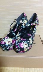 花柄フロントクロスベルトパンプス新品サンダル靴
