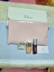 Dior カプチュール美容液・トワレ・ネイルエナメル・コスメポーチのセット 未使用・正規品