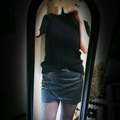 リゼクシーフェイクレザータイトミニスカートMサイズ黒ブラック