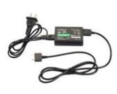 PS Vita 専用 ACアダプター 充電器 PCH-1000 初期不良保証ありb