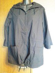 黒×七分袖丈×ポケット付き軽量パーカー