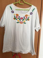 チチカカTシャツ 花柄