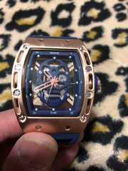 中空スカル ゴールドボディ ブルーベルト スケルトン  腕時計
