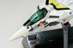 マクロス VF-1S ファイター ロイ・フォッカー機 1/100