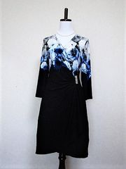 新品【カルバンクライン】青い薔薇柄ストレッチドレス黒M