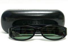 GUCCI グッチ サングラス 黒×深緑系 Gロゴ