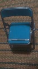 パイプ椅子型【スマホスタンド】ブルー