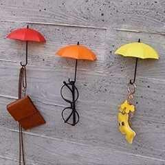 ★かわいい傘モチーフ★ 壁掛けフック 赤黄橙 3個セット