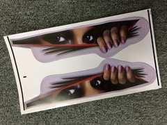 女性の眼 ステッカー 面白  監視 防犯 威嚇 車 倉庫
