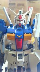 改修 RX-78GP01 ガンダム    1/100  MG 塗装済完成品