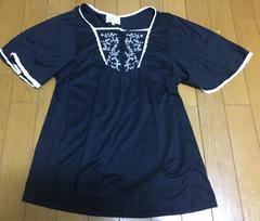 =>>KUMIKYOKU☆刺繍入りトップス