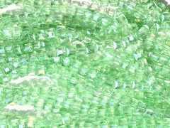 ★キューブ型ガラスビーズ★ABカラー★30個★T−67