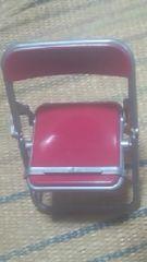 パイプ椅子型【スマホスタンド】エンジ