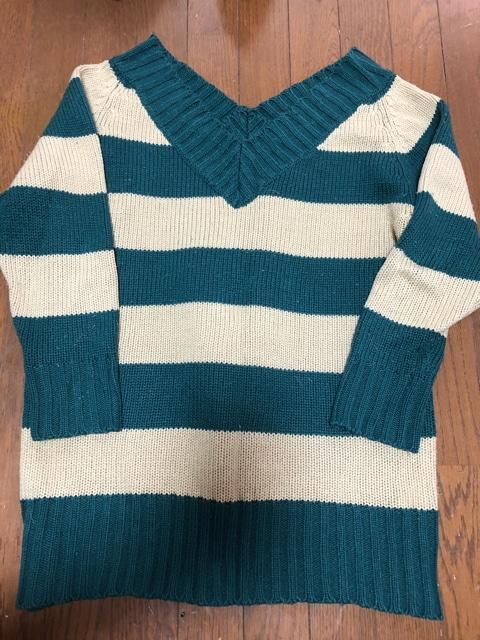 ボーダーVネックセーター  < 女性ファッションの