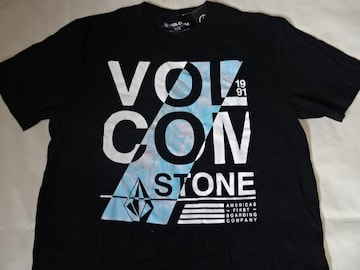 VOLCOM AMERICA'S FIRST BOARDING COMPANY T US M